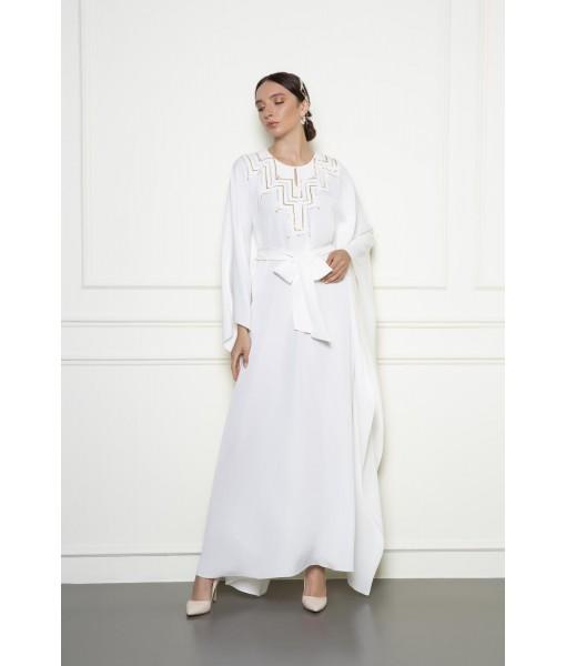 White kimono cut jalabaiyah with metallic details