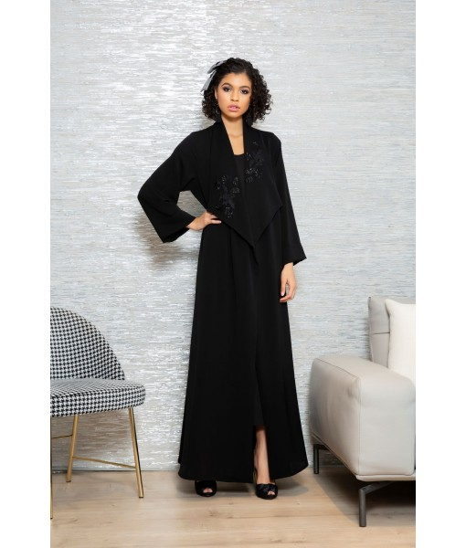 Black open collar abaya with ...