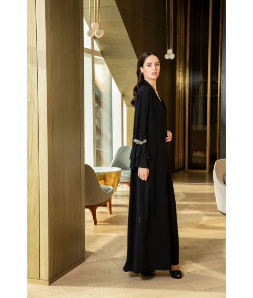 CLASSIC BLACK ABAYA WITH SILVER LEATHER ...