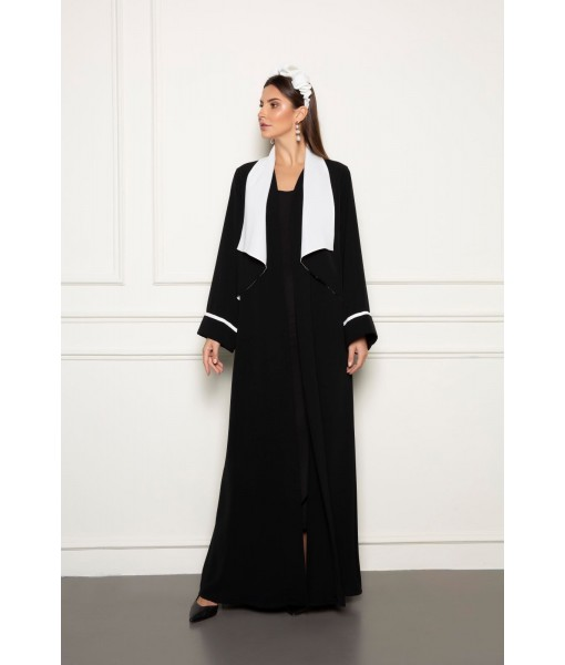 Black abaya with contrast vest-collar