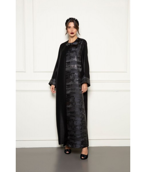 Black shantung/jacquard abaya